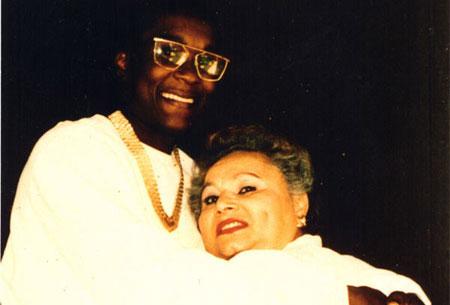 Griselda junto a Cosby