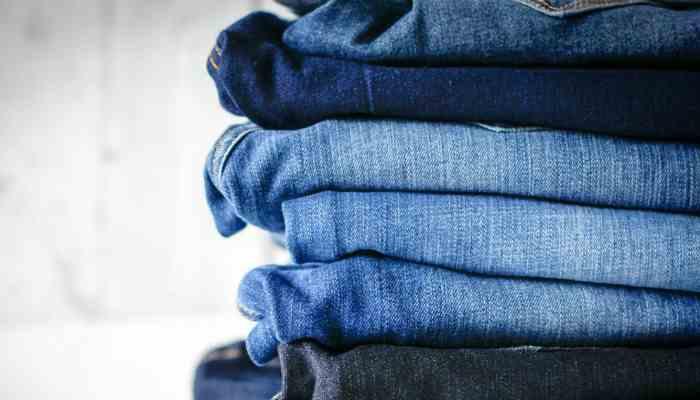 jeans con el alcaloide